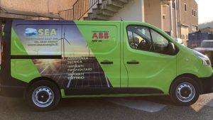 adesivo auto 300x169 - GRAFICA, STAMPA & COMUNICAZIONE